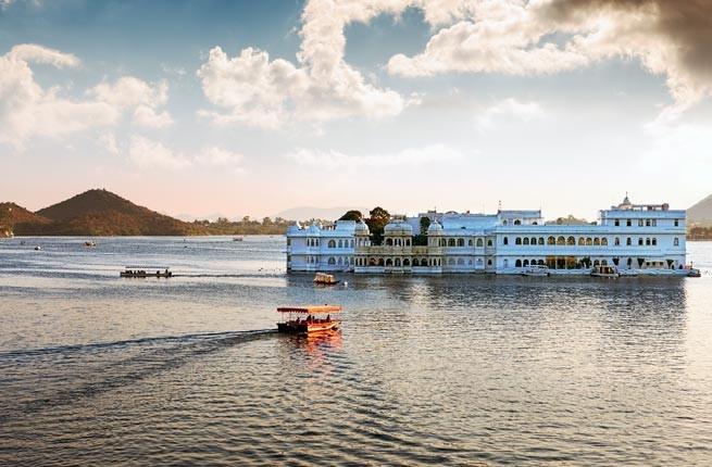 Pichola Gölü