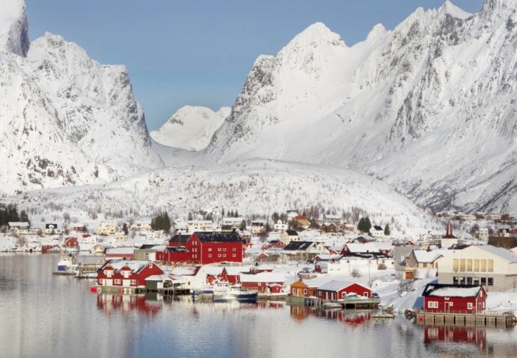 17. Reine, Norveç