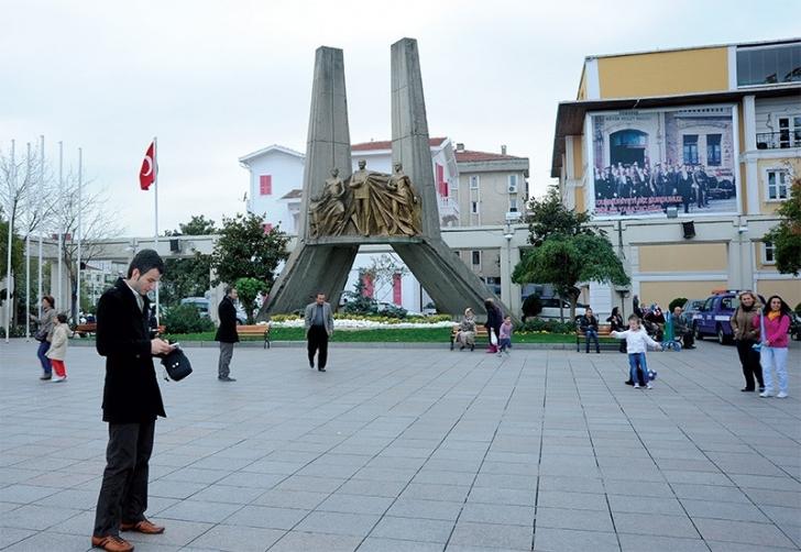 7. Herkesin bir kere yolunun düştüğü Özgürlük Meydanı