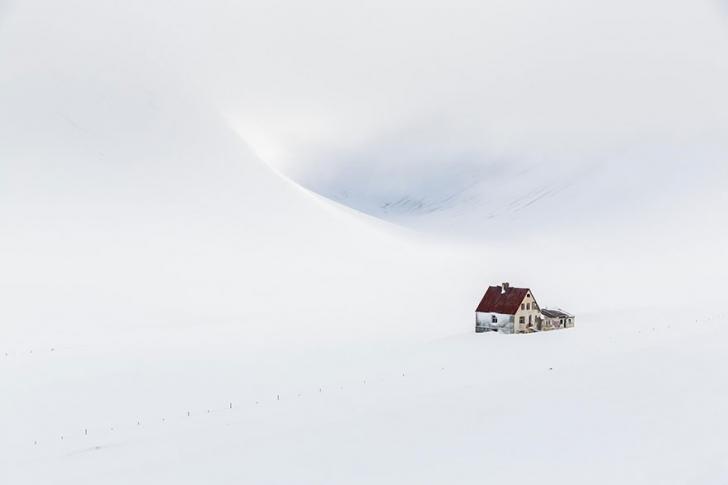 İzlanda'da bu evde yaşadığınızı düşünsenize?