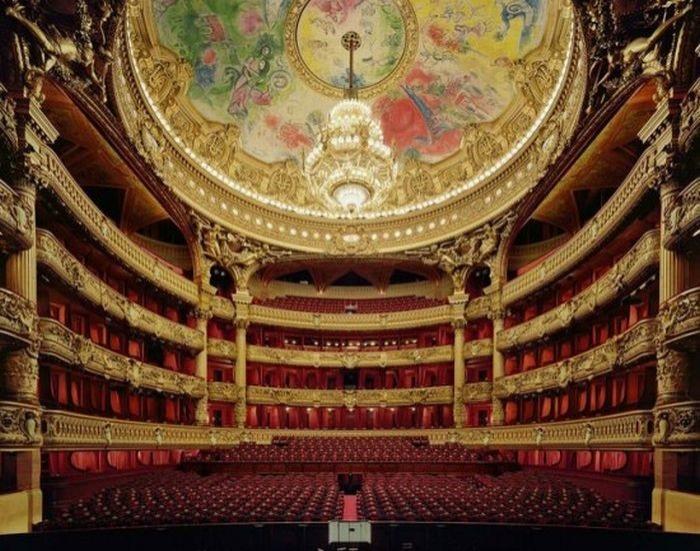 Estater Tiyatrosu / Opera Binası