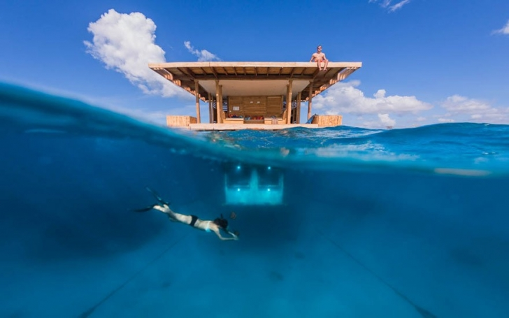 3. Yüzen Otel - Zanzibar