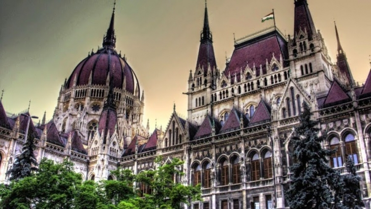 8. Macaristan Parlamento Binası - Budapeşte