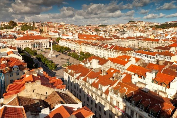 10. Lisbon (Portekiz)