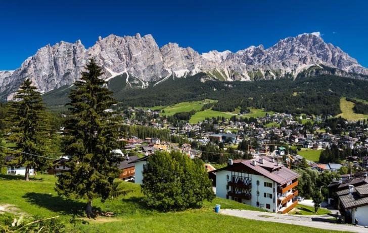 3. Cortina D'Ampezzo (İtalya)