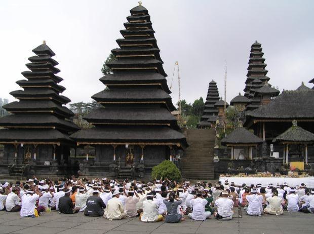 Endonezya / Pura Besakih Tapınağı