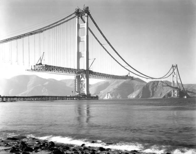 Dünyanın en uzun 7. köprüsü olan Golden Gate Köprüsü yapım aşaması, 1932.