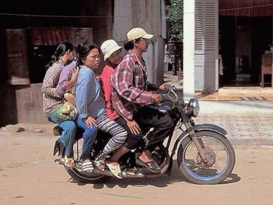Vietnam'da trafik kuralları yok!