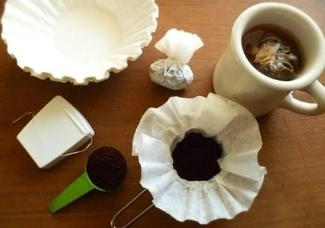 9. Kamp gezisine çıkmadan önce kampta kullanmak için evde poşet kahveler hazırlayın.