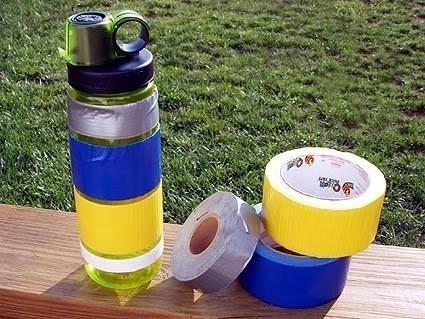 14. Acil durumlar için şişelerinizin etrafına bant sarın.