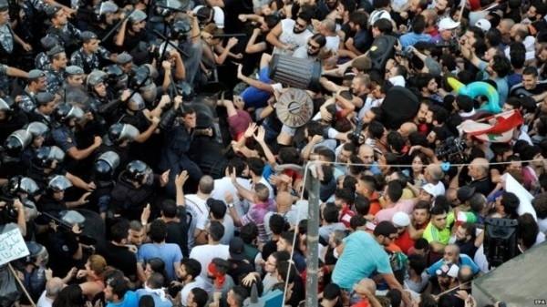 Lübnan'da Çıkan Çöp İsyanı Hakkında Bilmeniz Gereken 4 Şey