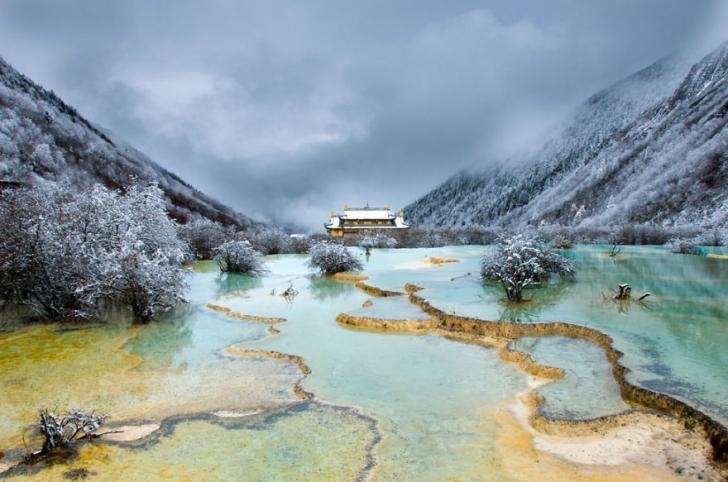 5. Huanglong, Sichuan