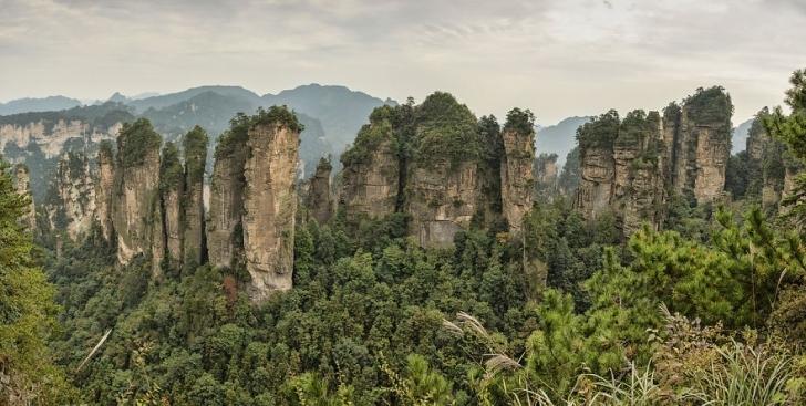 7. Huangshizhai Beş Parmak Zirvesi