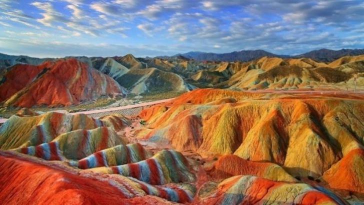 Çin'de Görülmesi Gereken 9 Doğa Harikası Yer