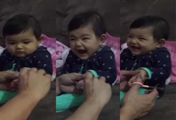 Babasıyla Ağlama Numarası Yaparak Kafa Bulan Yaramaz Bebe Sizi Çok Güldürecek