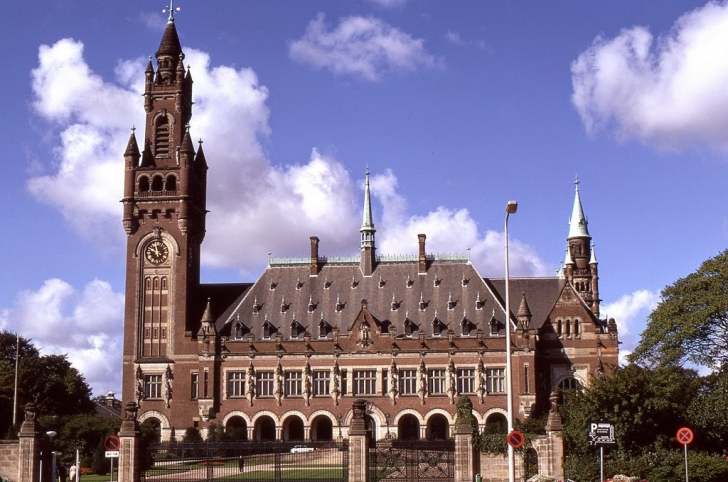 Uluslararası Adalet Divanı - Hollanda