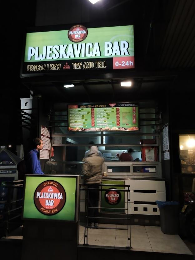 Ve geliyoruz Belgrad'ın sokak yemeğine