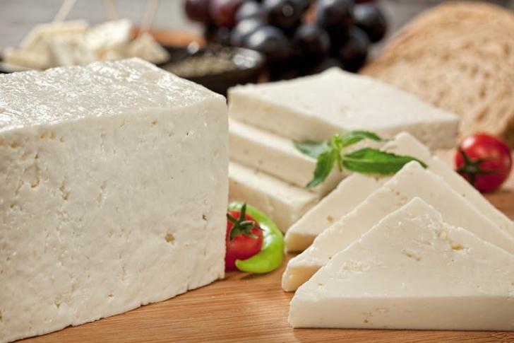 Peyniri Uzun Süre Saklamanın Yolları Nelerdir?