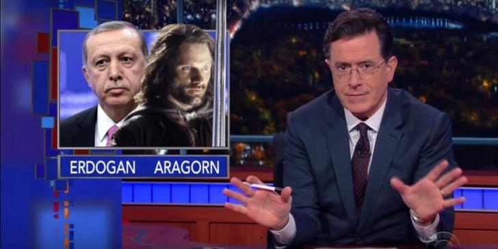 ABD'nin Ünlü Talk Show Sunucusu Stephen Colbert Gollum Davasında Davalıyı Temsil Etmeye Gönüllü Oldu ve Savunma Konuşması Yaptı