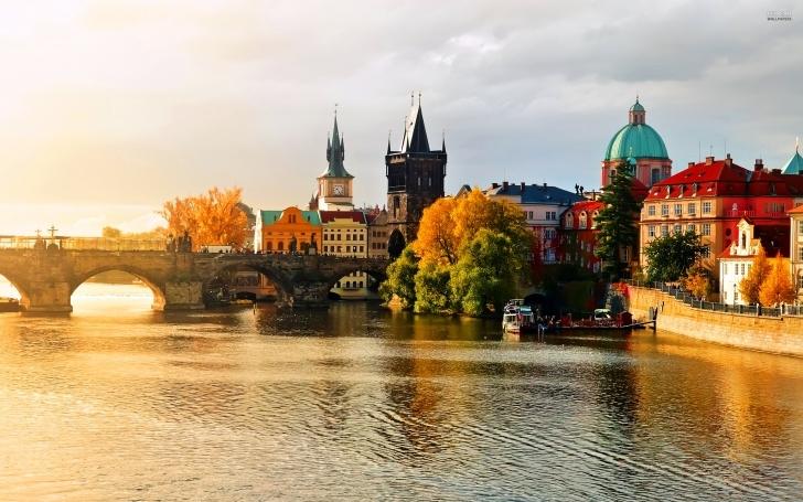 Hayal Dünyasına Seslenen Şehir: Prag
