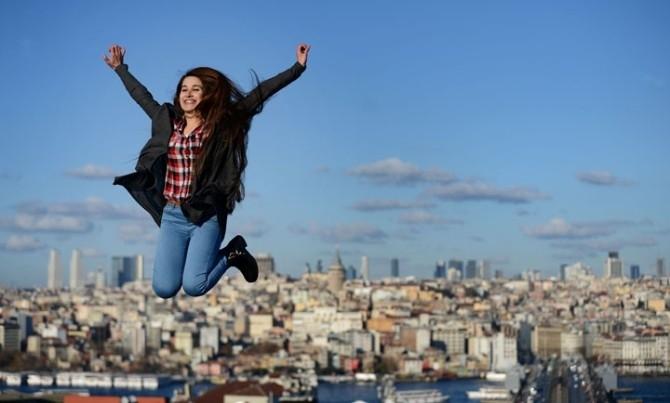 Büyük Valide Han'ın çatısından İstanbul'a kuş bakışı selfie!