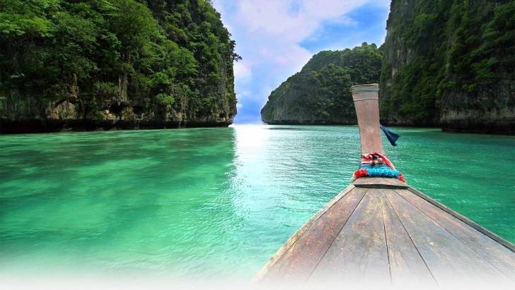 Sevgililer günü için uygun yer arayanlar için bir adres verebilirim: Tayland!