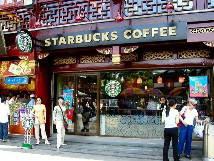 starbucks coffee expansion in asia Starbucks (nasdaq:sbux) has big expansion plans in asia especially china according to its asia-pacific president jinlong wang, it plans to operate 1,500 outlets in china by 2015 from a current 470.