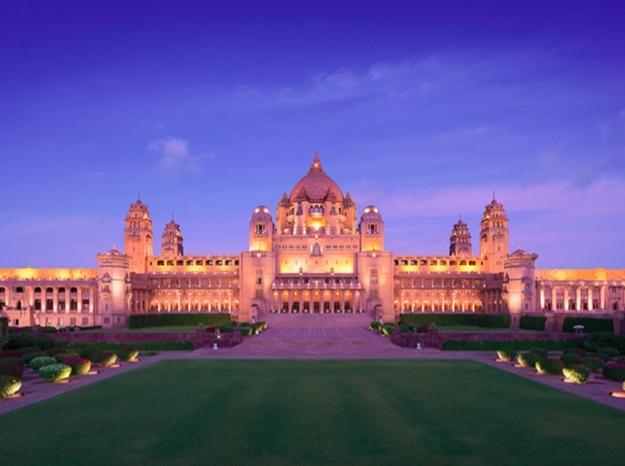 Dünyanın En İyi Oteli Seçilen Hint Sarayı