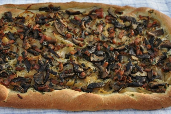 Mantarlı Fransız Pizzası