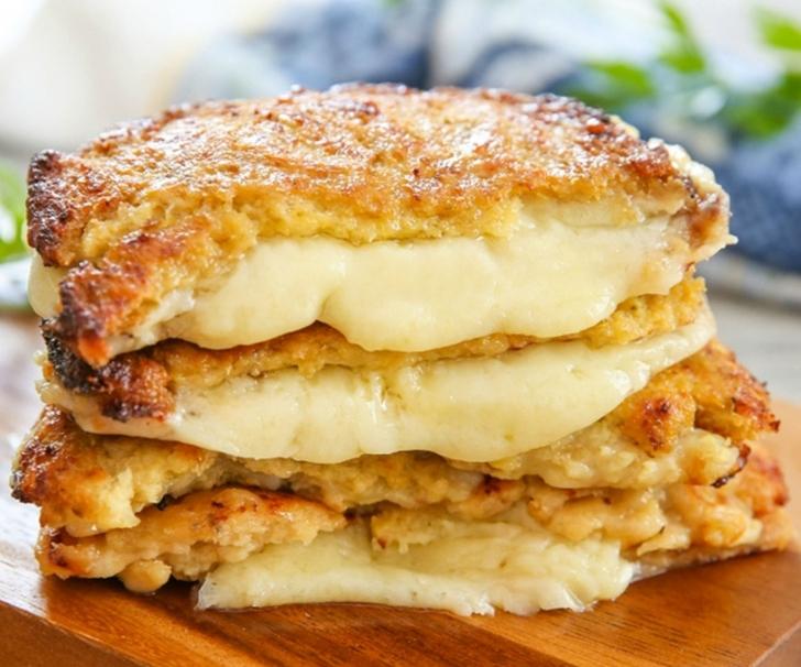 Karnabahar Ekmekli Peynirli Sandviç