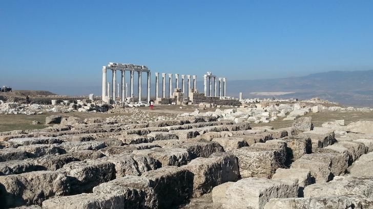 Laodikya'yı Anadolular kurmuş