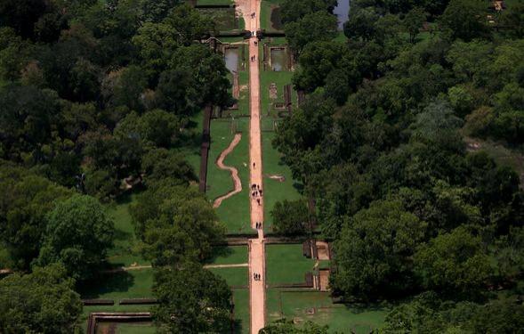 Aslan pençelerinin arasından girilen kale: Sigiriya