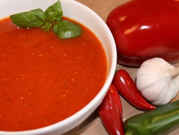 meksika usulü acılı domates çorbası